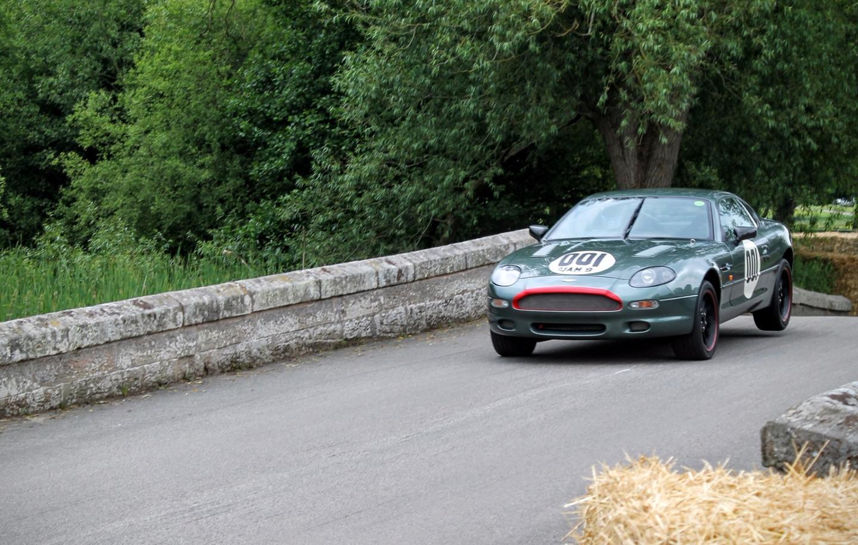1994 Aston Martin DB7 GT driven by Chris Knox