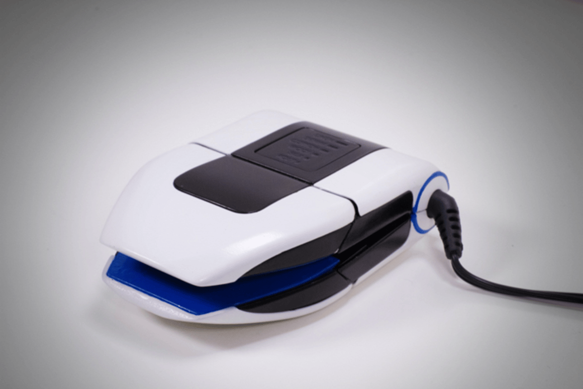 The Collar Perfect iron aims to be portable and flexible