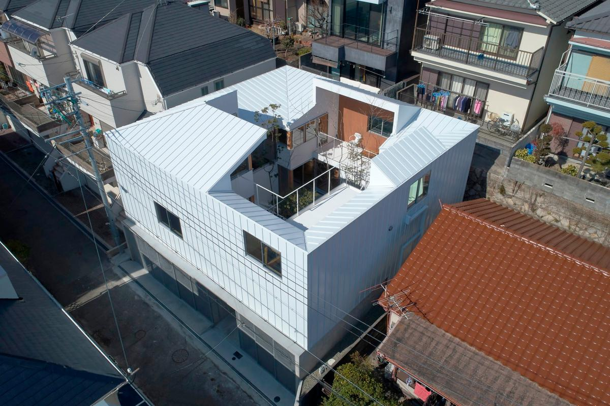 Tomohiro Hata Architect and Associates have made a hidden garden the central focus of the Loop House