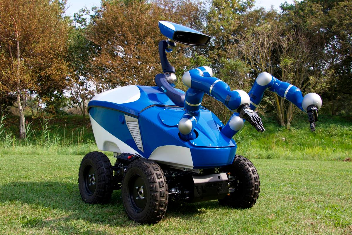 ESA's Interact Centaur rover, developed for telerobotics experiments