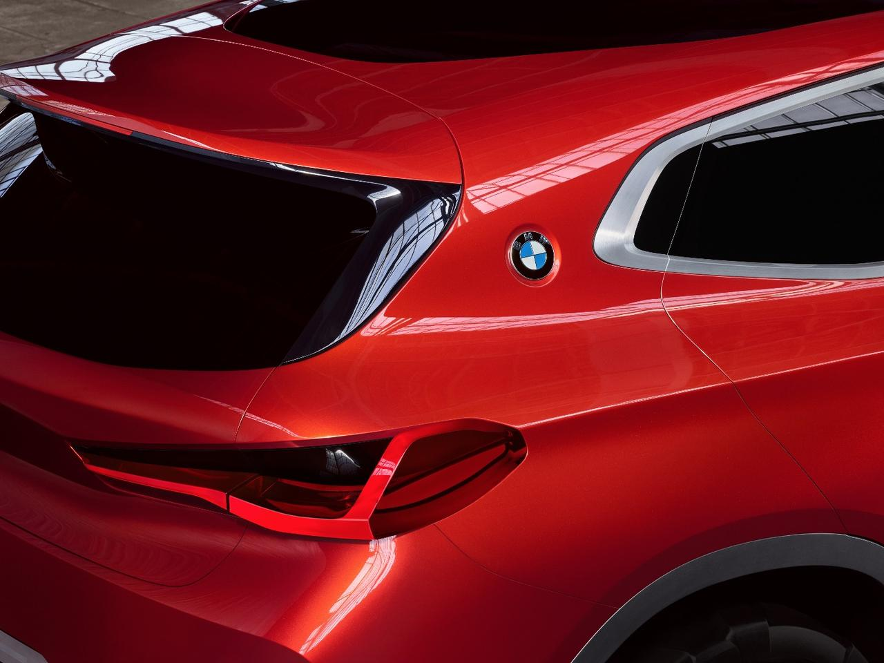 BMW has slipped a badge onto the c-pillar as a nod to its past legends