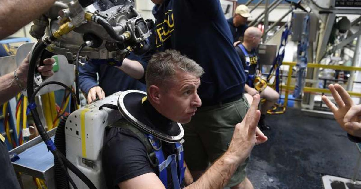 US Navy divers put prototype MK29 rebreather system to the test