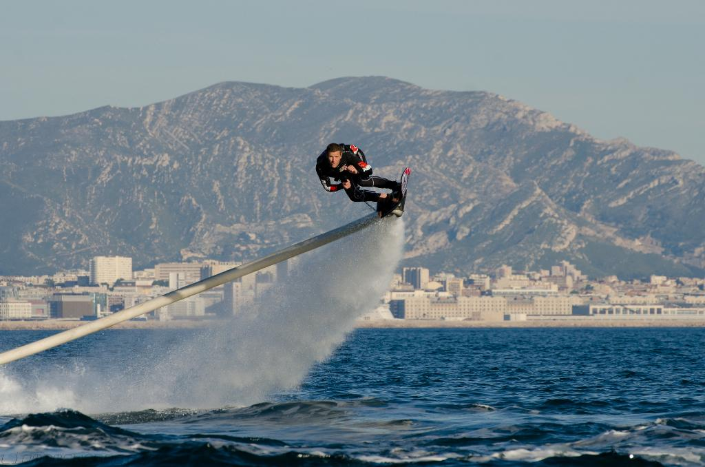 French jet ski champion Franky Zapata has modified his Flyboard to create the Hoverboard by ZR, which sits somewhere between surfing and flyboarding