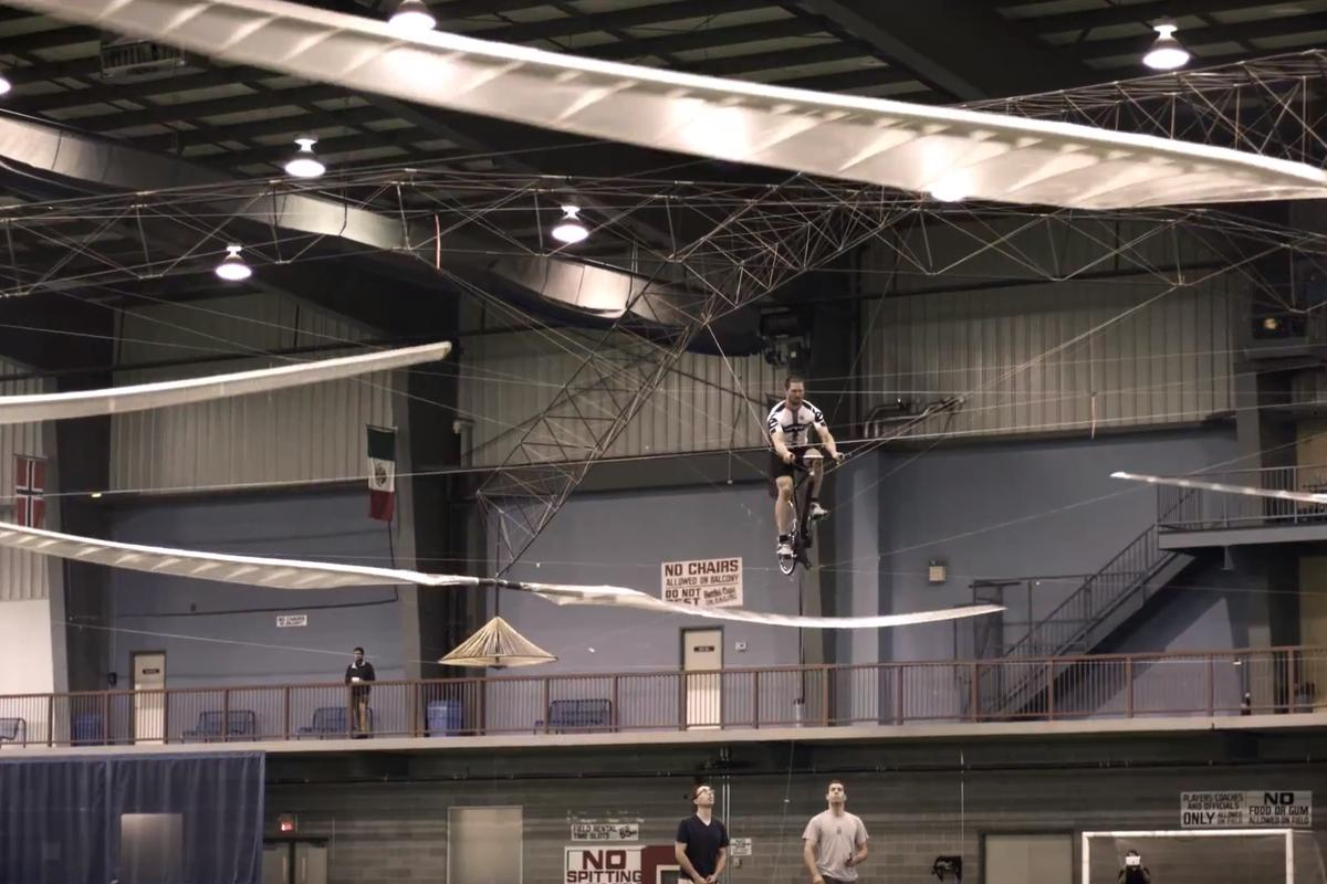 The prize-winning flight of AeroVelo's Atlas (Video still: AeroVelo)