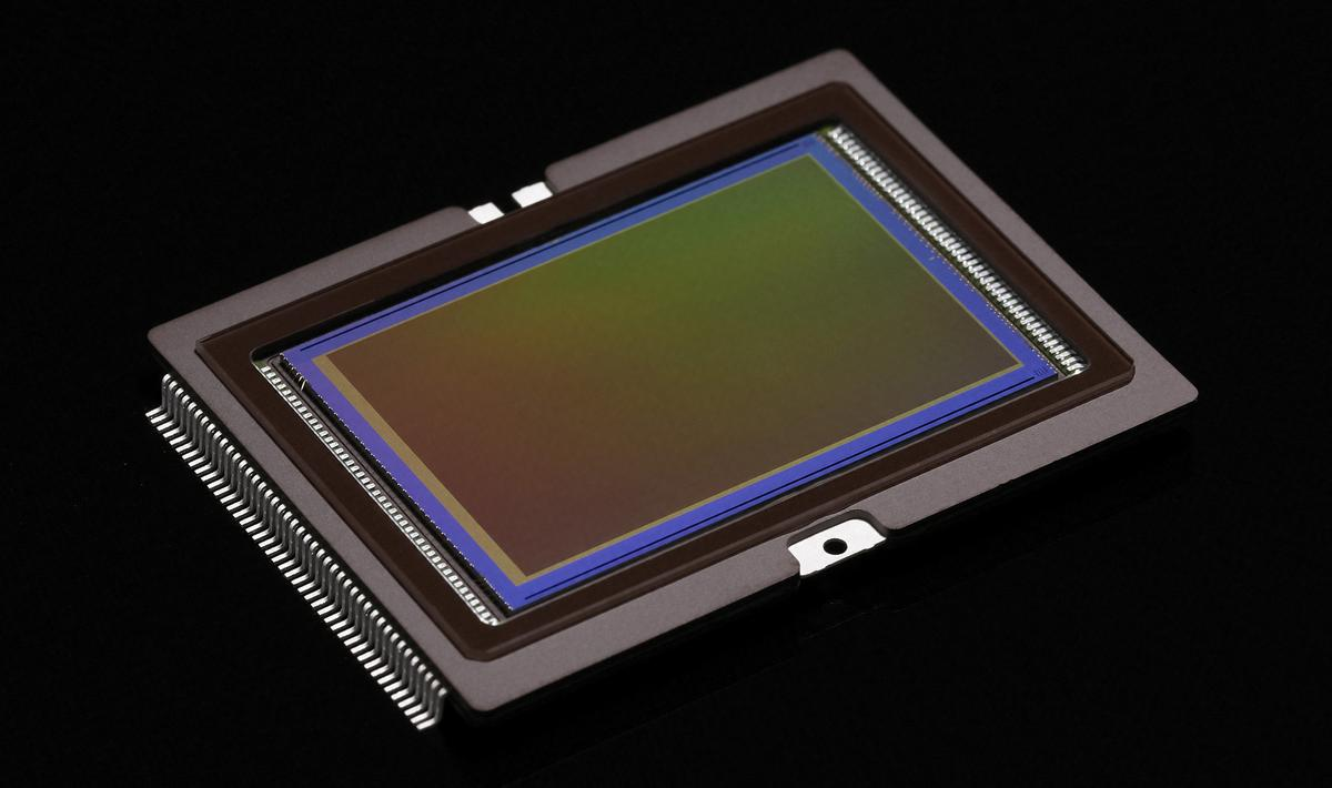 How do different sensor sizes compare with each other?
