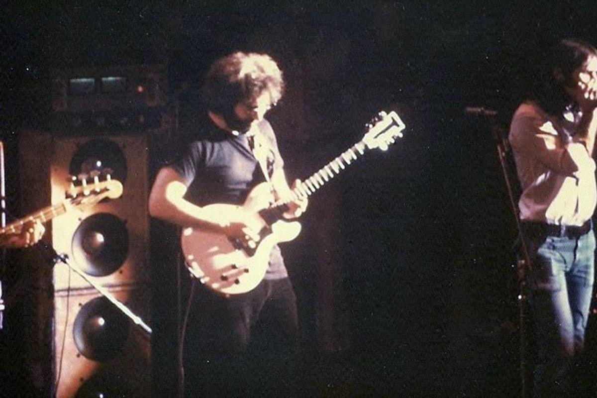 Garcia (center) and Matt Kelly (right) on stage