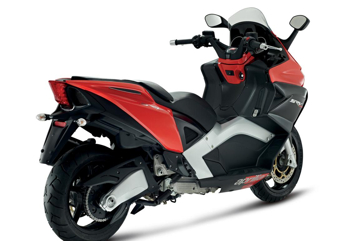 Aprilia pimps the world's fastest scooter to remain at the