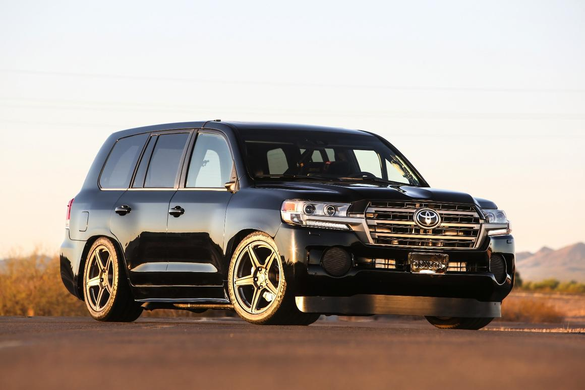 Toyota turbos 2,000-hp Land Speed Cruiser to