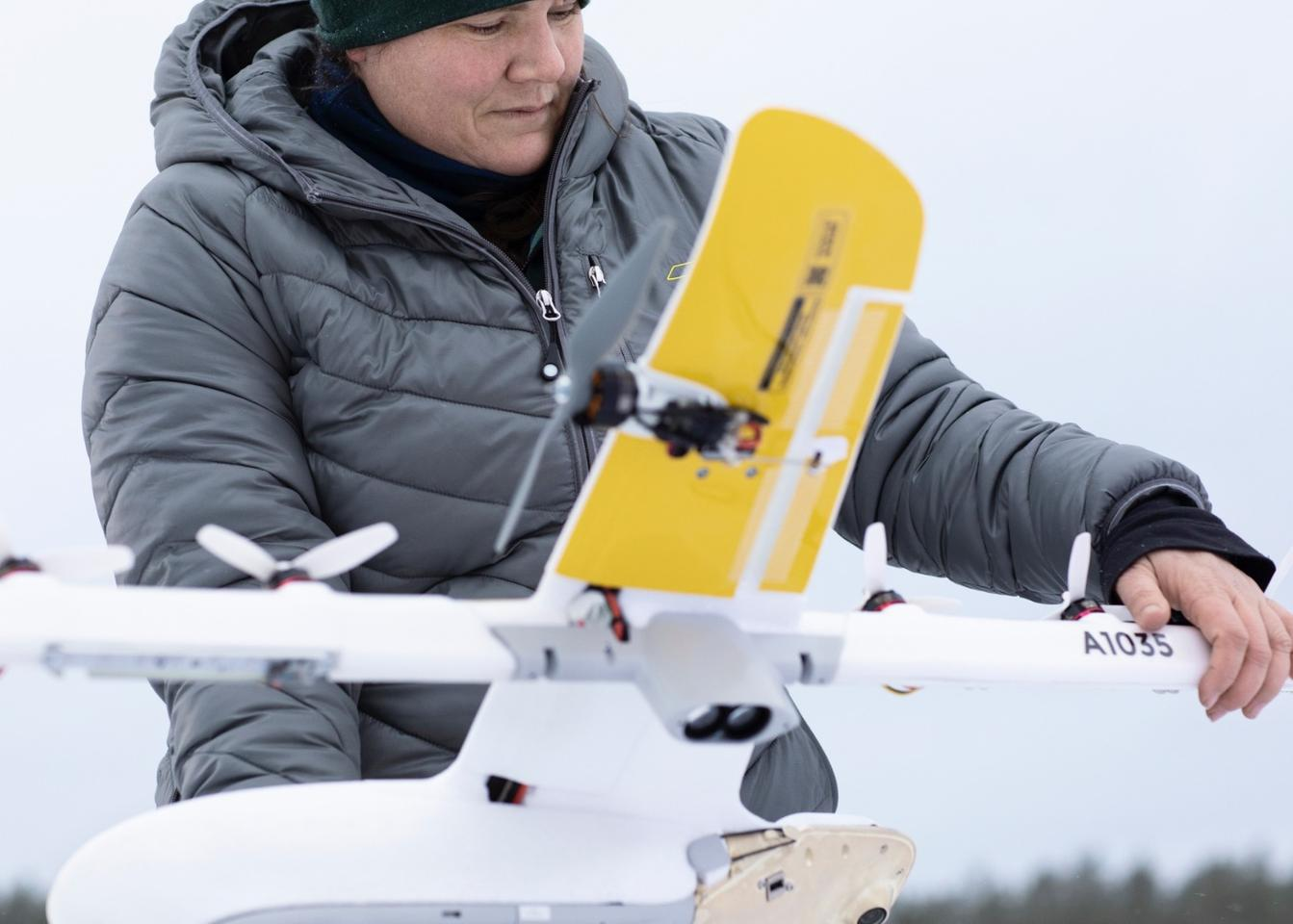 The Wing package delivery drone has a 1 meter wingspan, can carry up to 1.5 kg and has a round trip range of 20 km