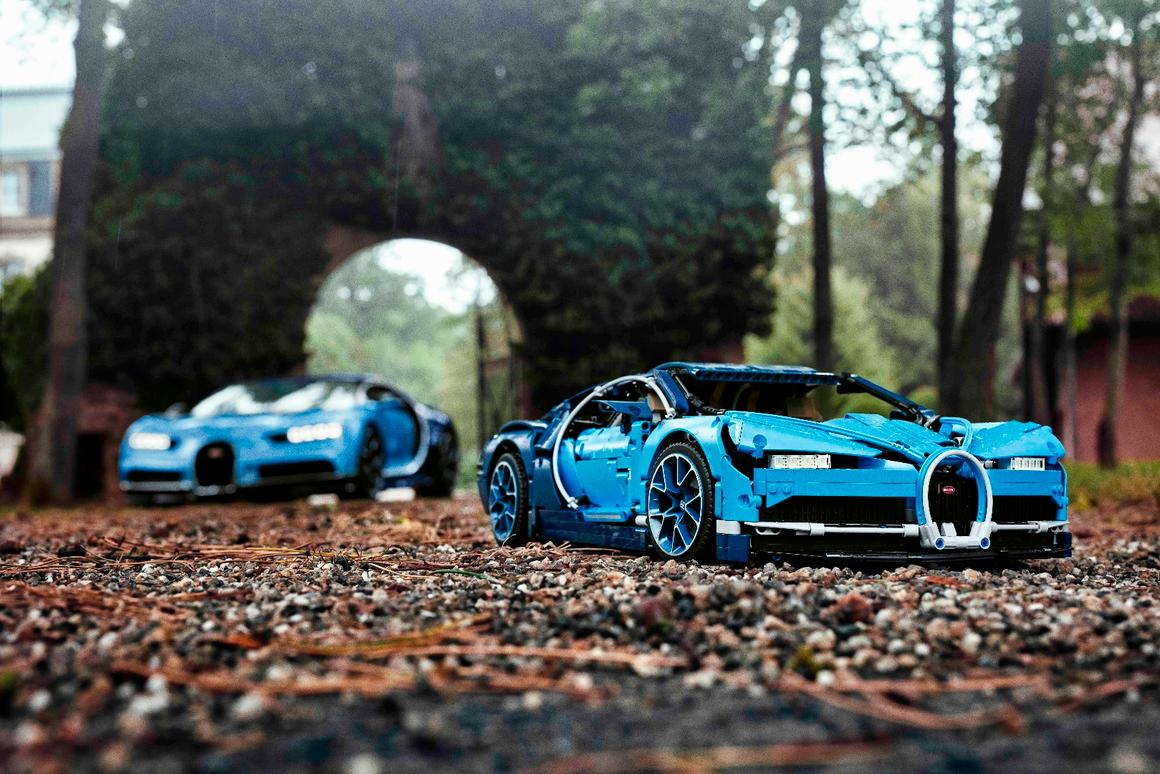 Placed beside the real Bugatti Chiron, the Lego model is a remarkably faithful rendition