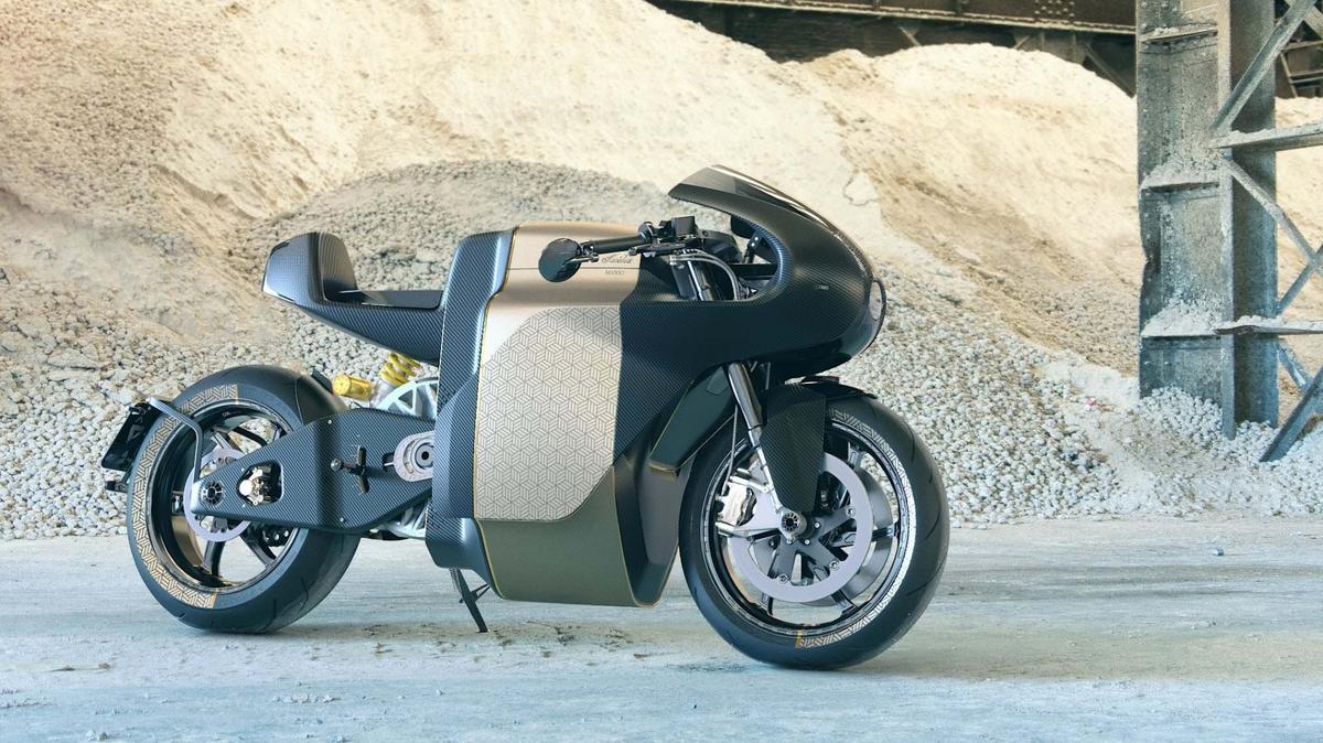 TheManx7 isSaroléa's first race-derived streetbike
