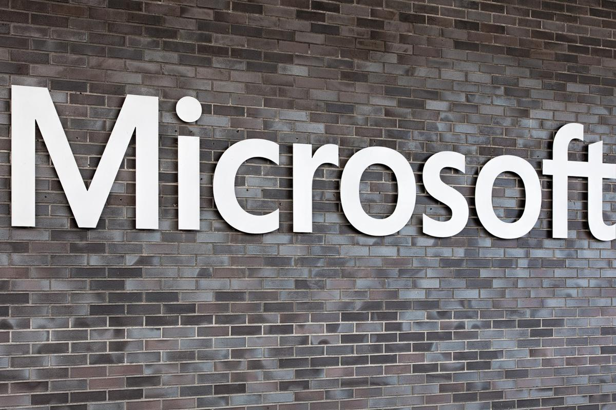 Microsoft has plans to be the brains behind self-driving cars