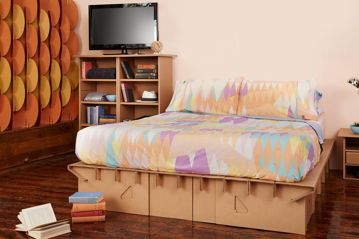 Aside from the Paperpedic Bed, Karton's range include chests of drawers, TV units, room partitions and cardboard animals which can be decorated and painted