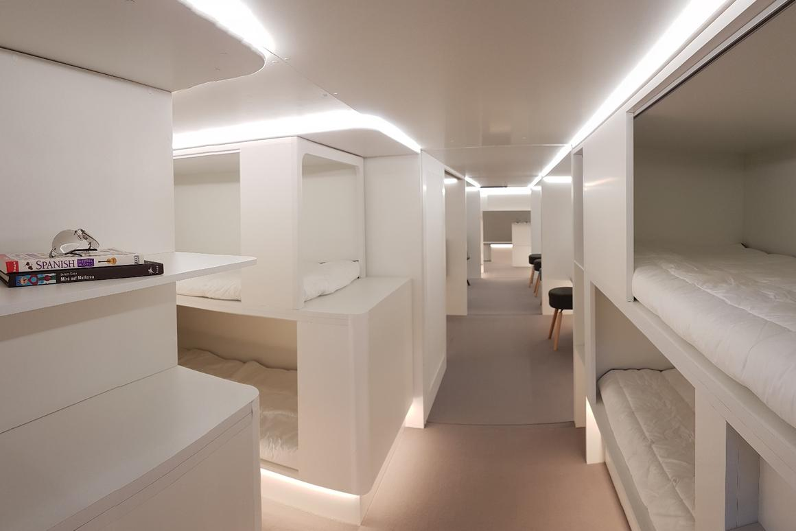 Airbus and Zodiac are developinga modular system that by 2020 will allowsurplus cargo bays to be turned into sleeping accommodations