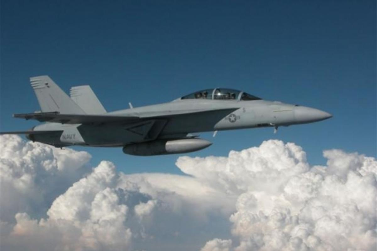F/A-18F Joint Helmet-Mounted Cueing SystemPhoto: US Navy