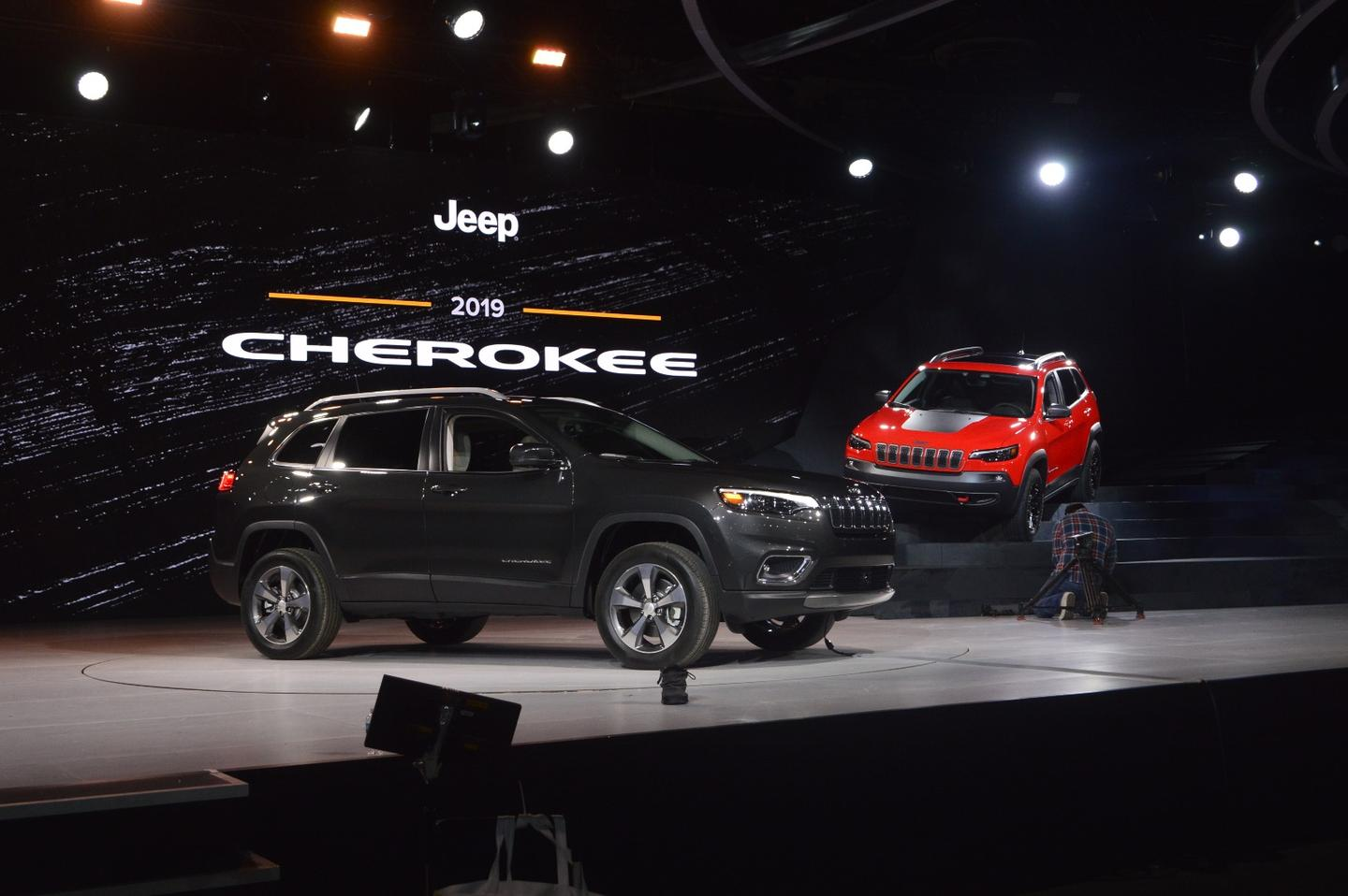 Fiat-Chrysler has pulled back the curtain on a refreshed Jeep Cherokee