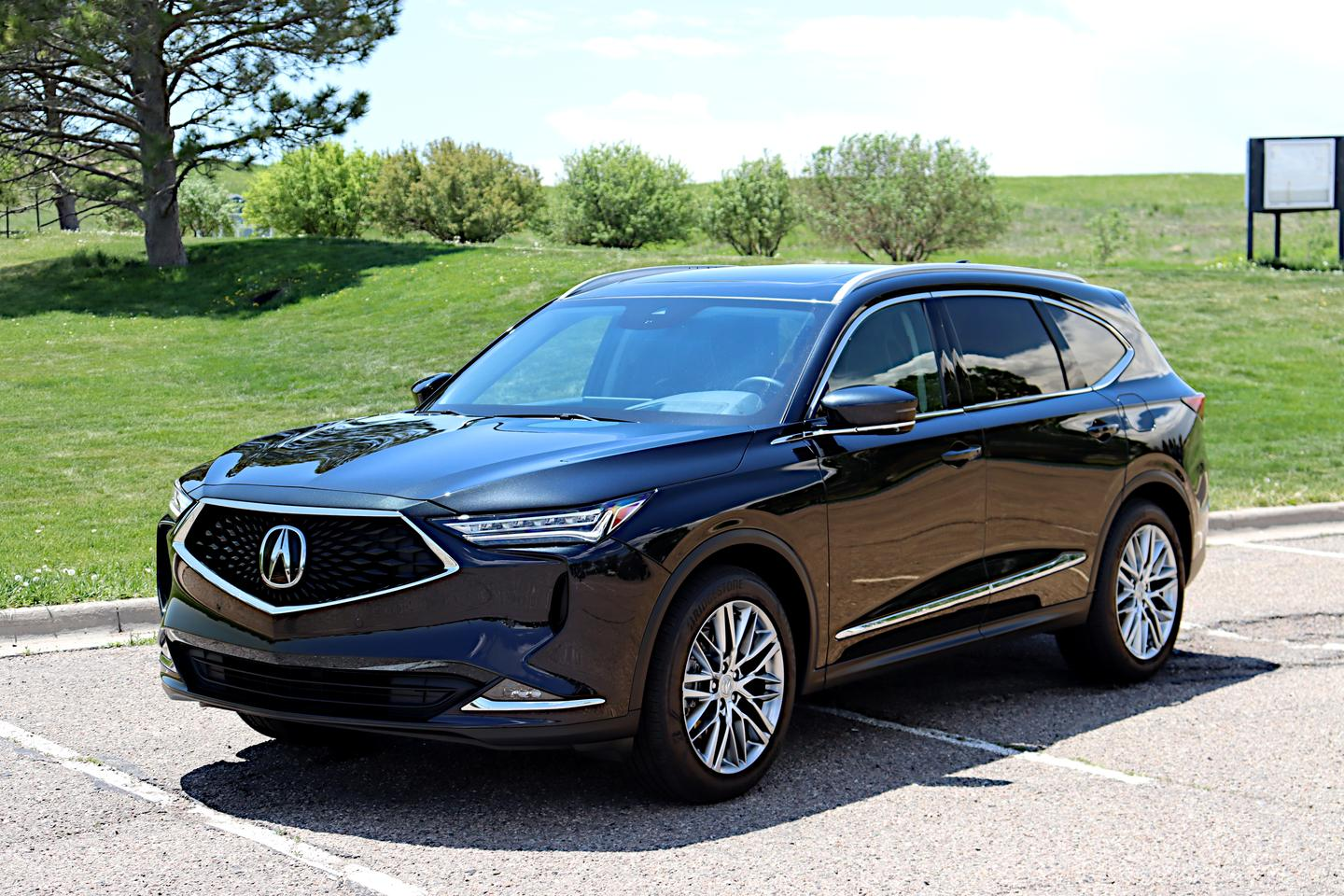 On the outside, the Acura MDX now has a more sharp-edged, aggressive look up front