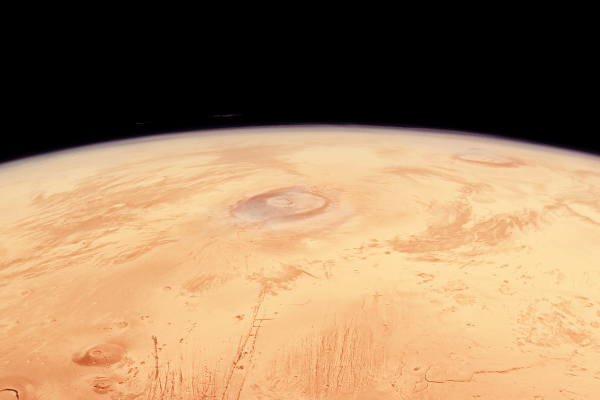 This stunning image swathe was taken by ESA's Mars Express during camera calibration as the spacecraft flew over the north pole(Credit:ESA/DLR/FU Berlin,CC BY-SA 3.0)