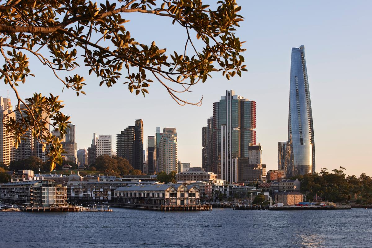 One Barangaroo rises to a height of 275 m (902 ft) which makes it Australia's fourth-tallest tower