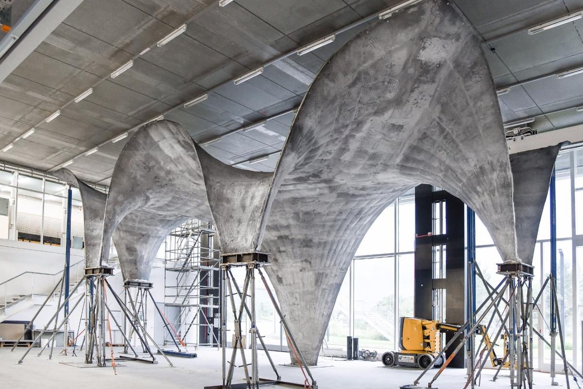 The ultra-thin, curved concrete roof, built as a prototype of a new fabrication method designed by ETH Zurich engineers