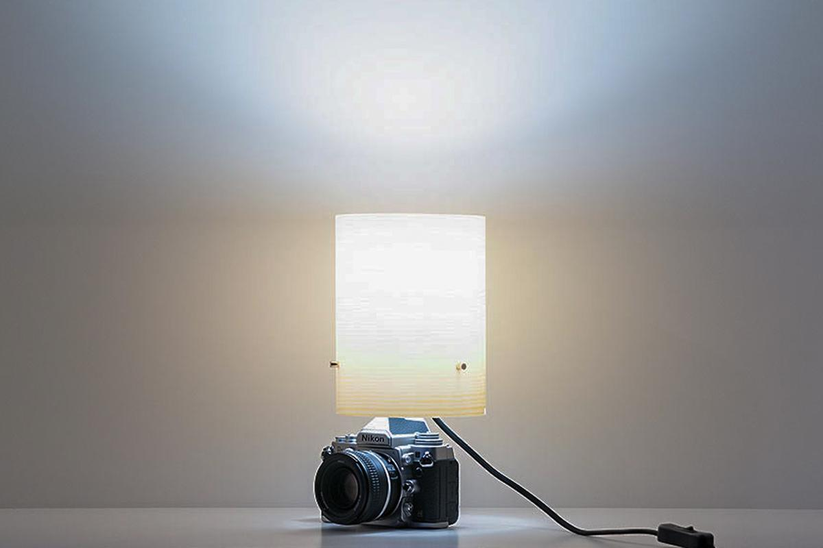 Phlite lamps convert your photography gear into interior lights