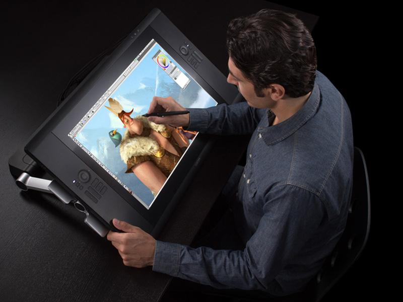The Wacom Cintiq 24HD lets users pan, zoom and rotate the canvas with their fingers at the same time as using the pressure and tilt sensitive pen
