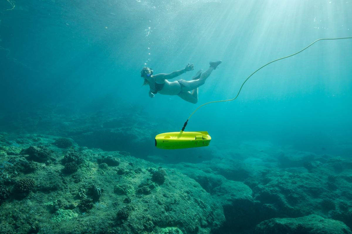 The Gladius Mini can dive down to 100 m (328 ft)