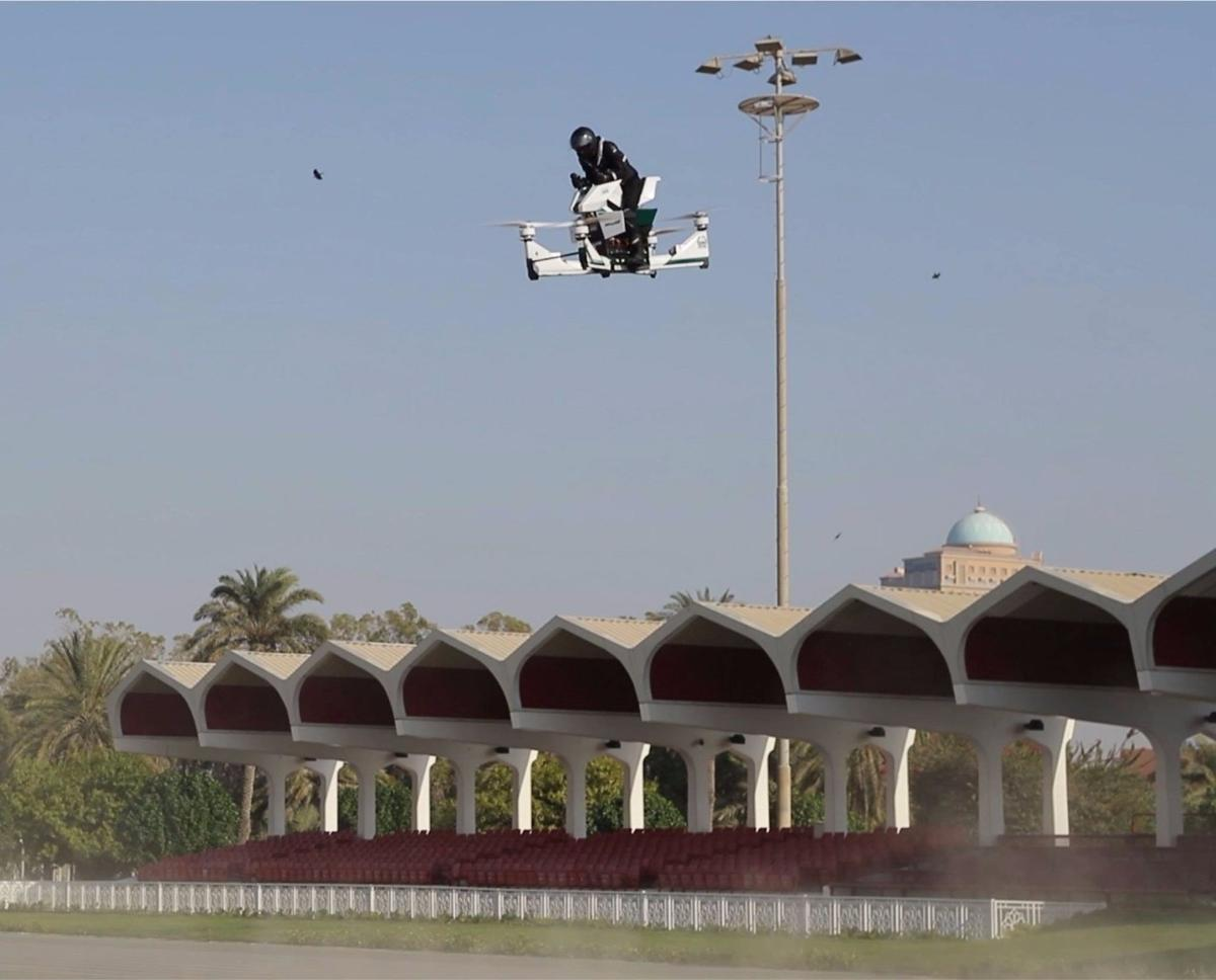 Dubai Police are making plans for a drone division that will use manned and unmanned airframes for a variety of policing purposes