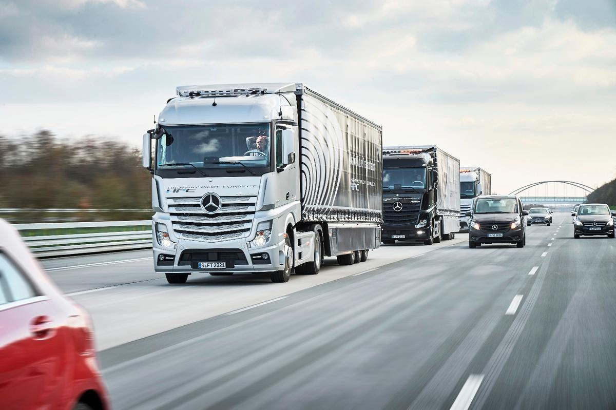 Daimler is keen to prove the economy and safety benefits of autonomous truck platooning