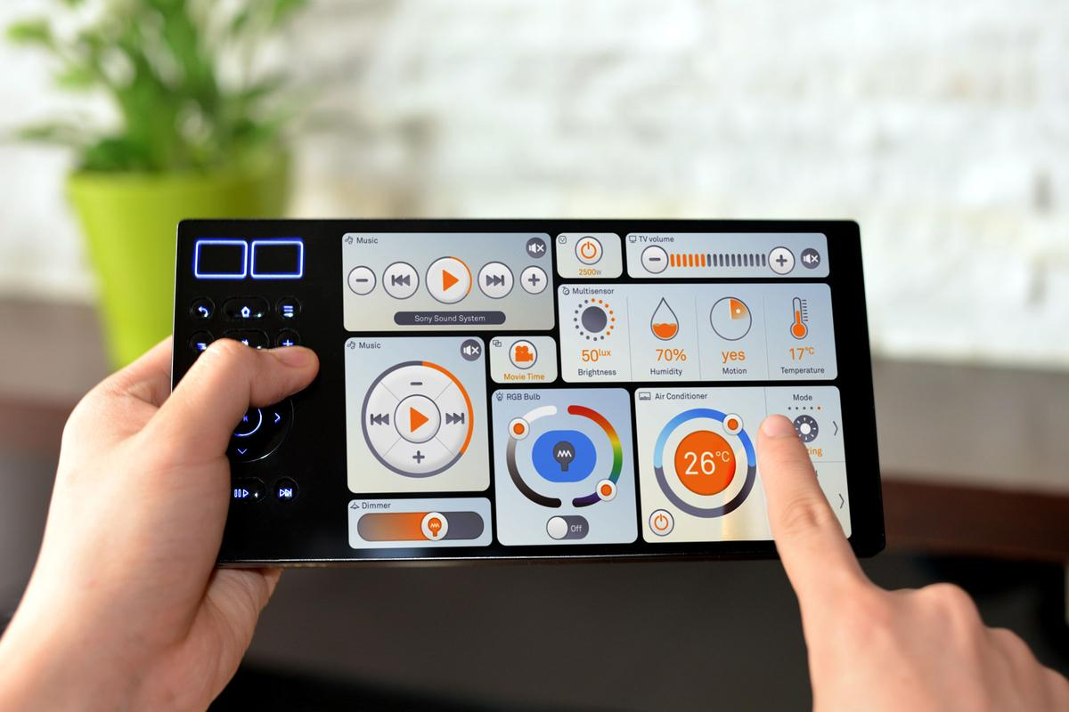 Oomi aims to make it easy to set up and control a smart home, with its Oomi Touch controller