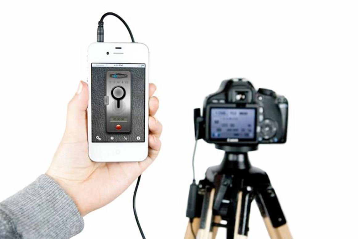 ioShutter turns an iDevice into a remote shutter control (Photo: Photojojo)