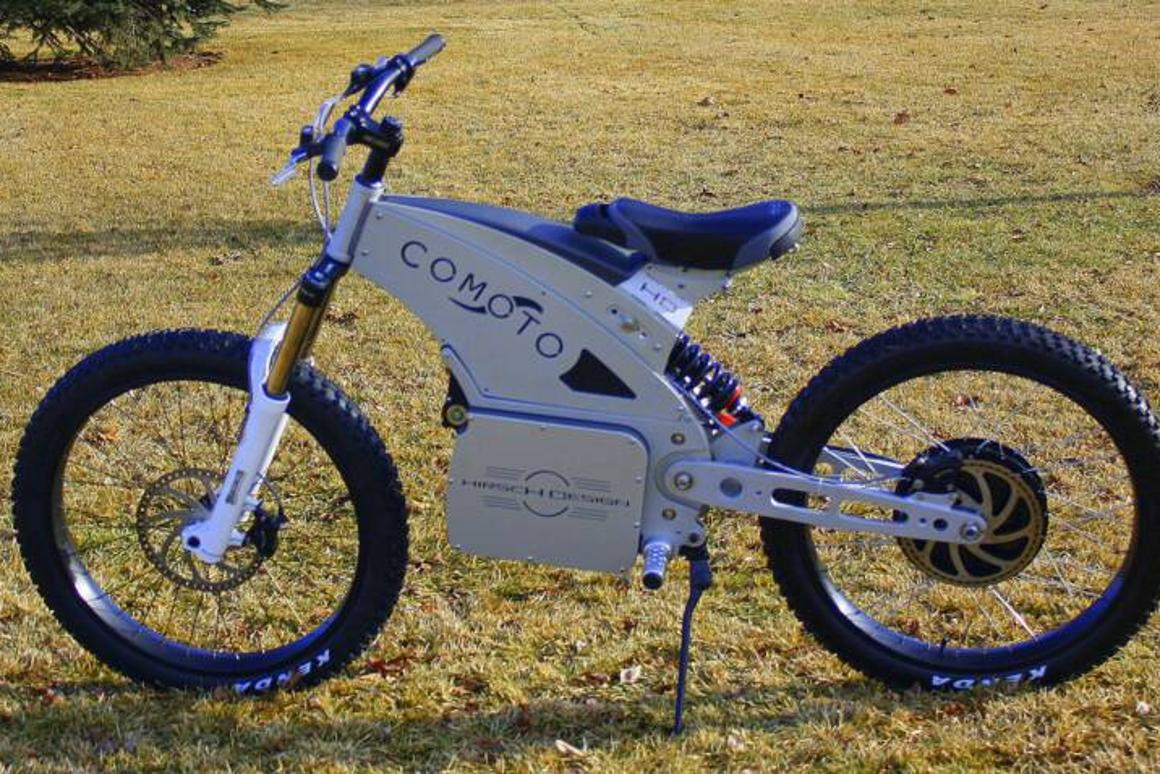 Somewhere between an electric motocrosser and an MTB, the Comoto sure looks like fun off-road.