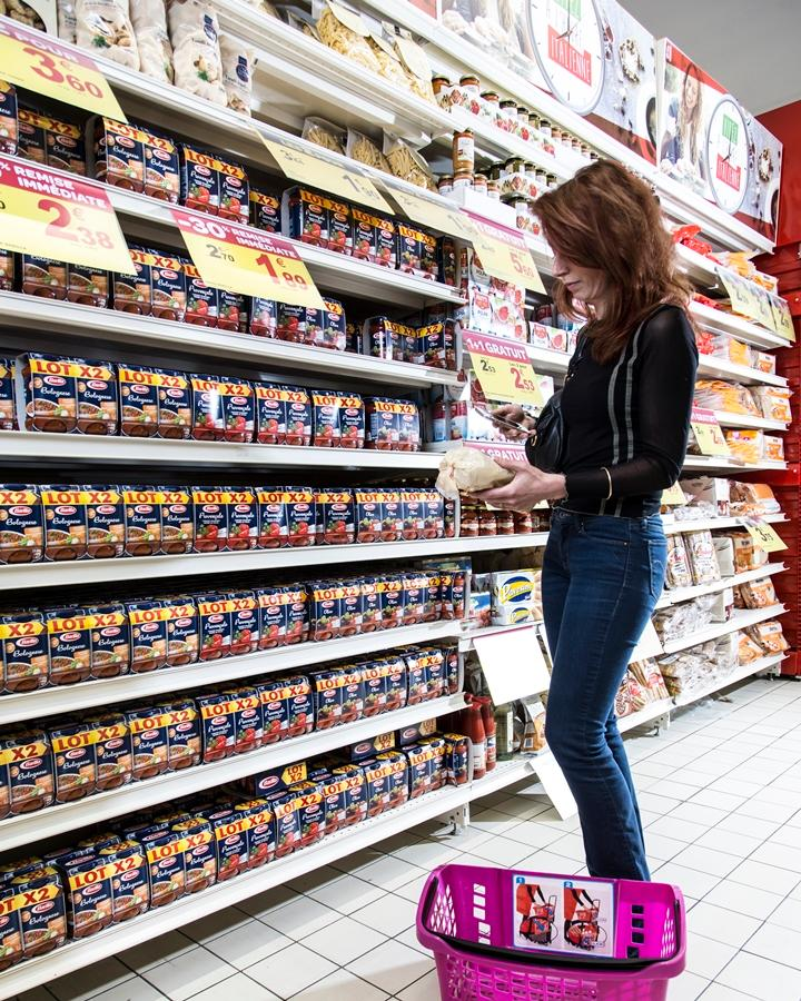 A newly-refurbished Carrefour hypermarket in Lille, France, has had its fluorescent lighting replaced with LED fixtures containing Philips Visible Light Communication technology