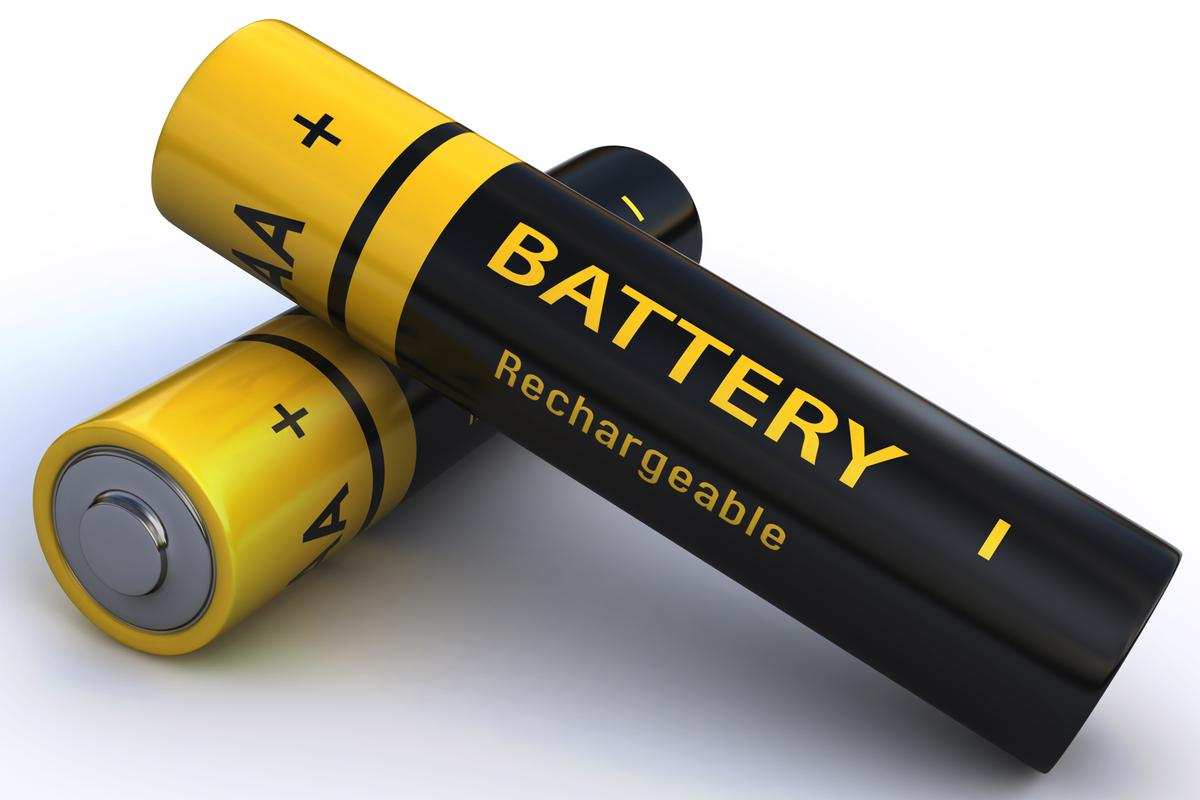 Adding certain salts to the anodes of lithium-based batteries has been found to increase their useful life by a very large factor (Photo: Shutterstock)