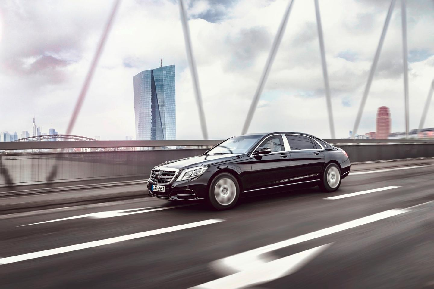The S 600 Guard has a VR10 protection rating awarded by the Ballistics Authority