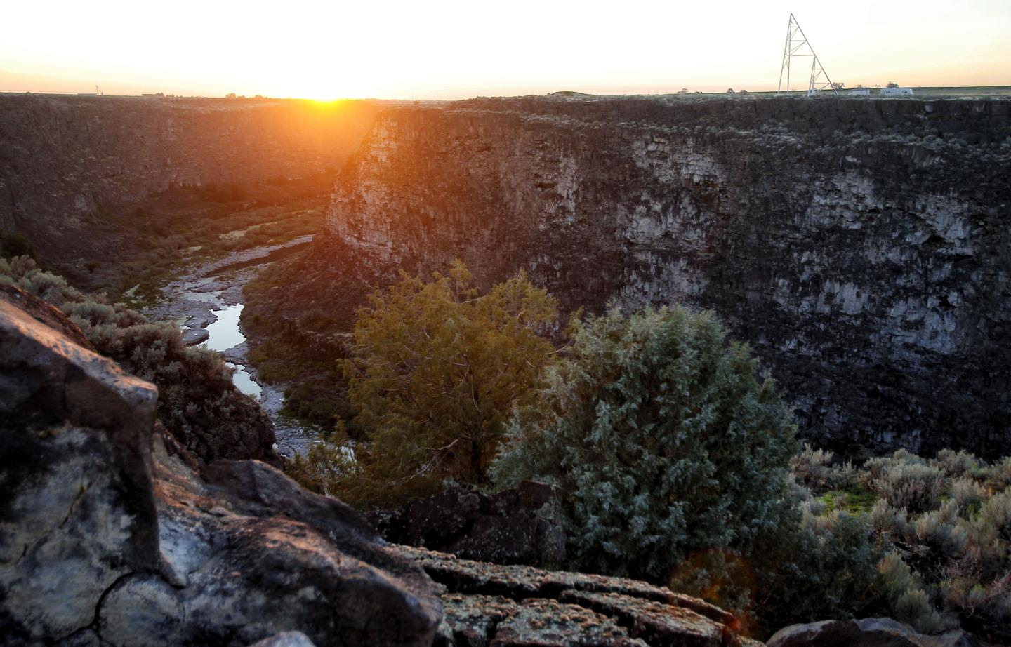 Snake River Canyon: not a small jump