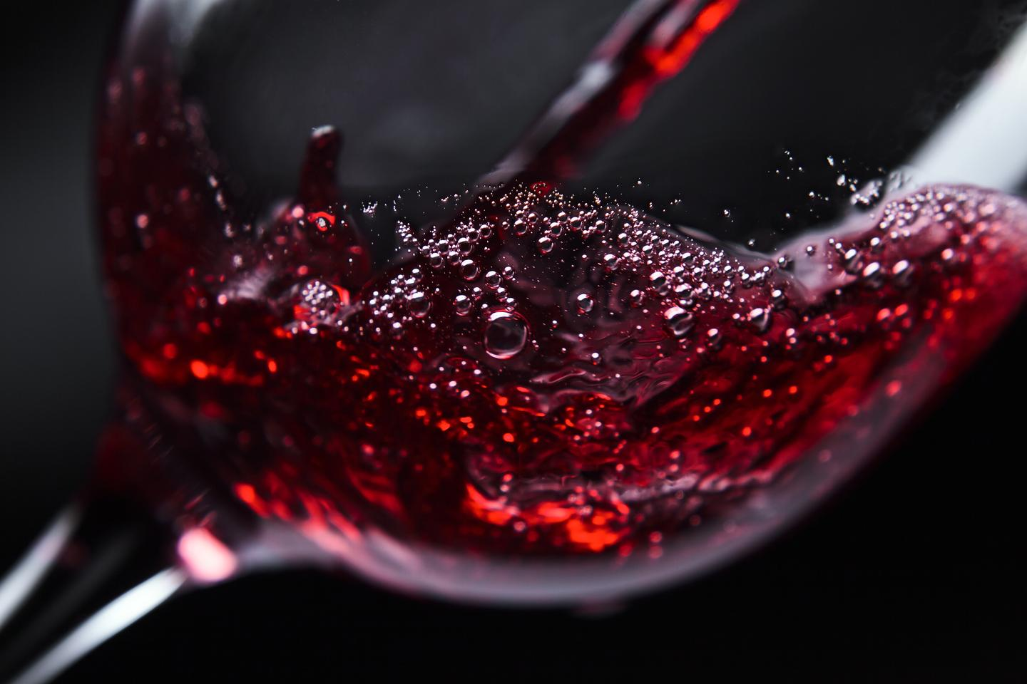 Should there be too many alkylmethoxypyrazines in your wine, try adding some putative imprinted magnetic polymer nanoparticles