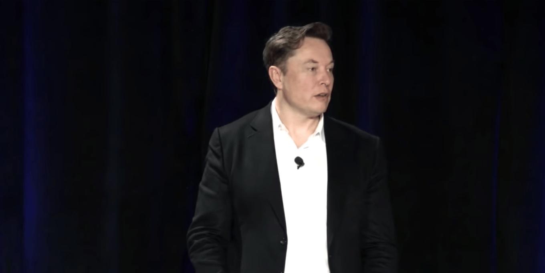 Elon Musk addresses investors at Autonomy Day