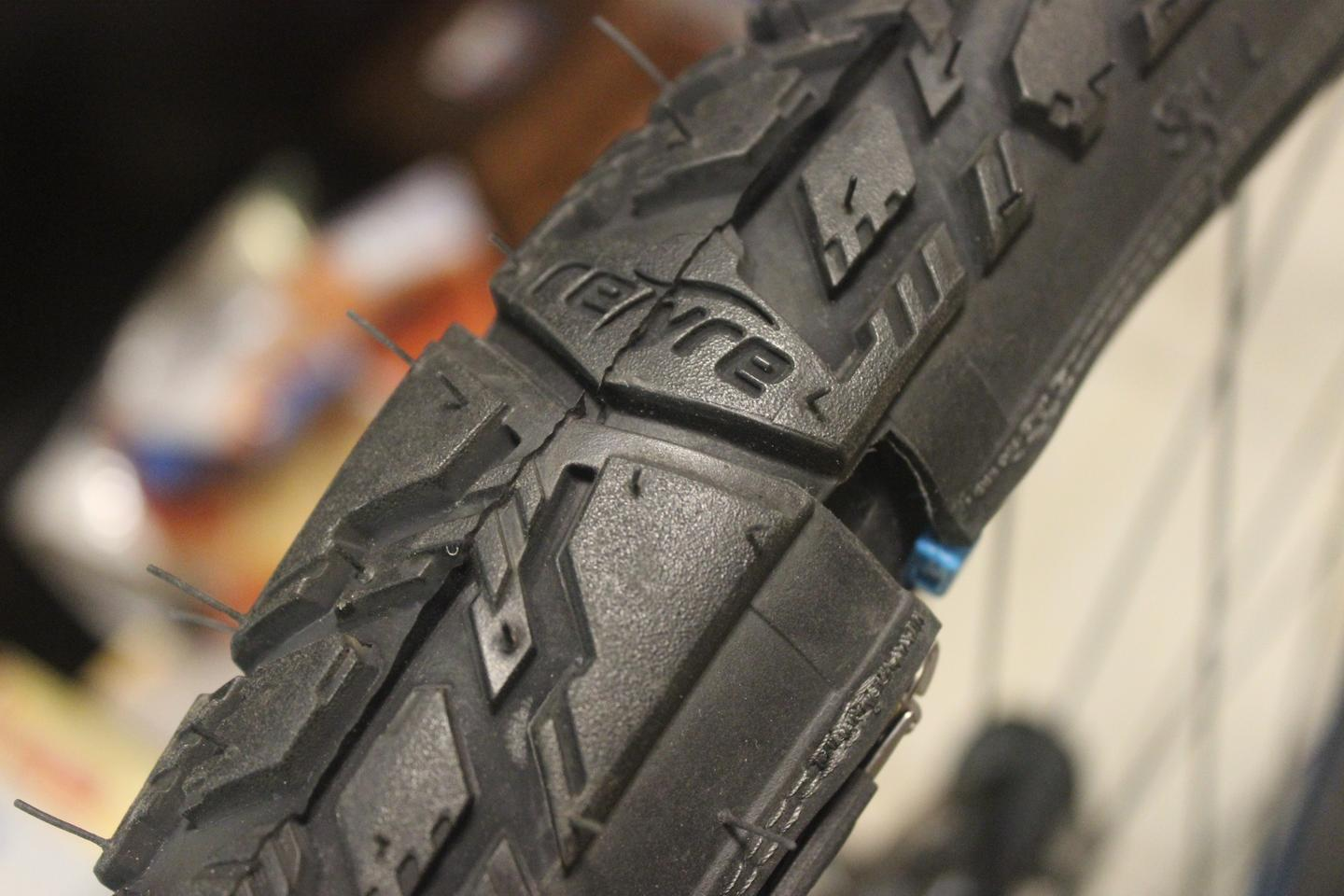 There's a small gap between the two ends of each reTyre tread skin