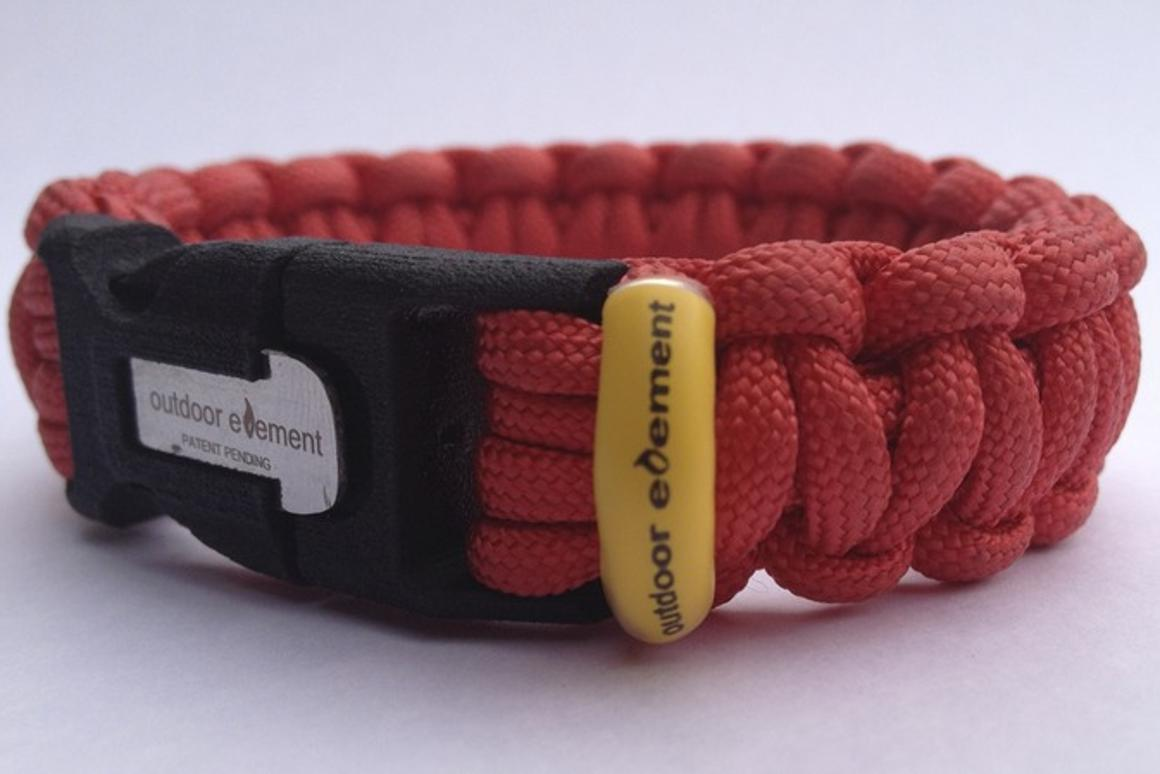 The KODIAK is a Paracord wristband that contains four outdoor survival tools
