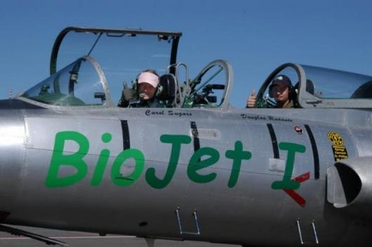 Carol Sugars and Douglas Rodante in Bio Jet 1