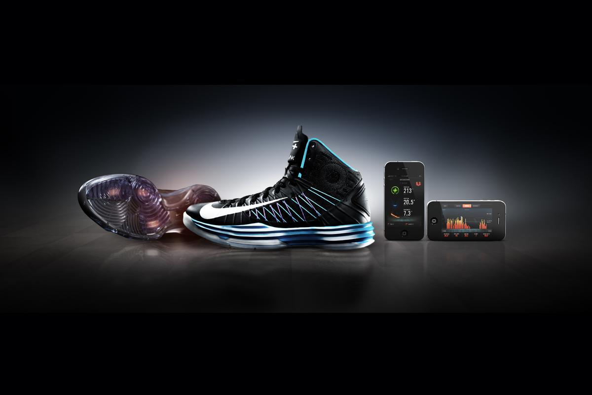 Nike + Basketball measures performance, allowing you to analyze and share with friends