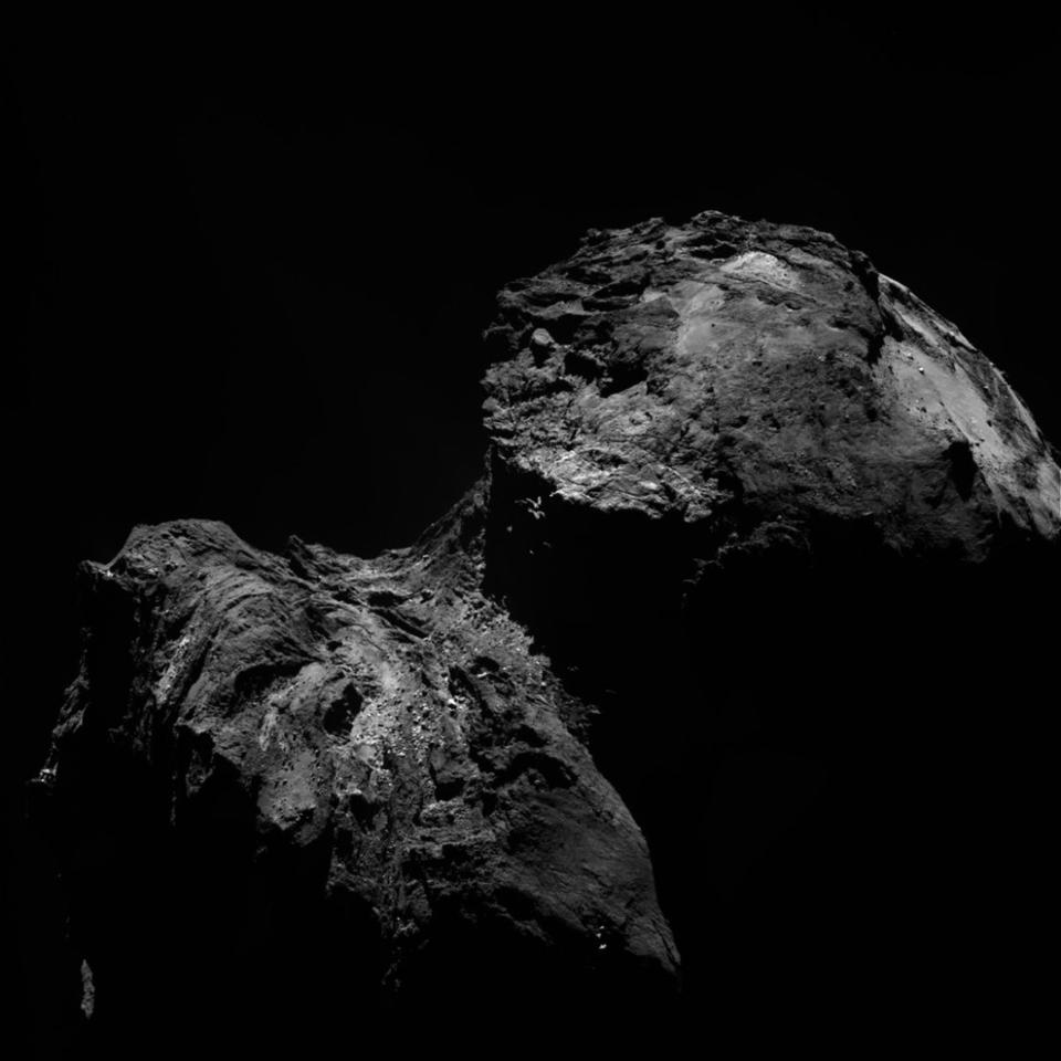 Image of 67P snapped from Rosetta's OSIRIS narrow-angle camera on Dec. 10
