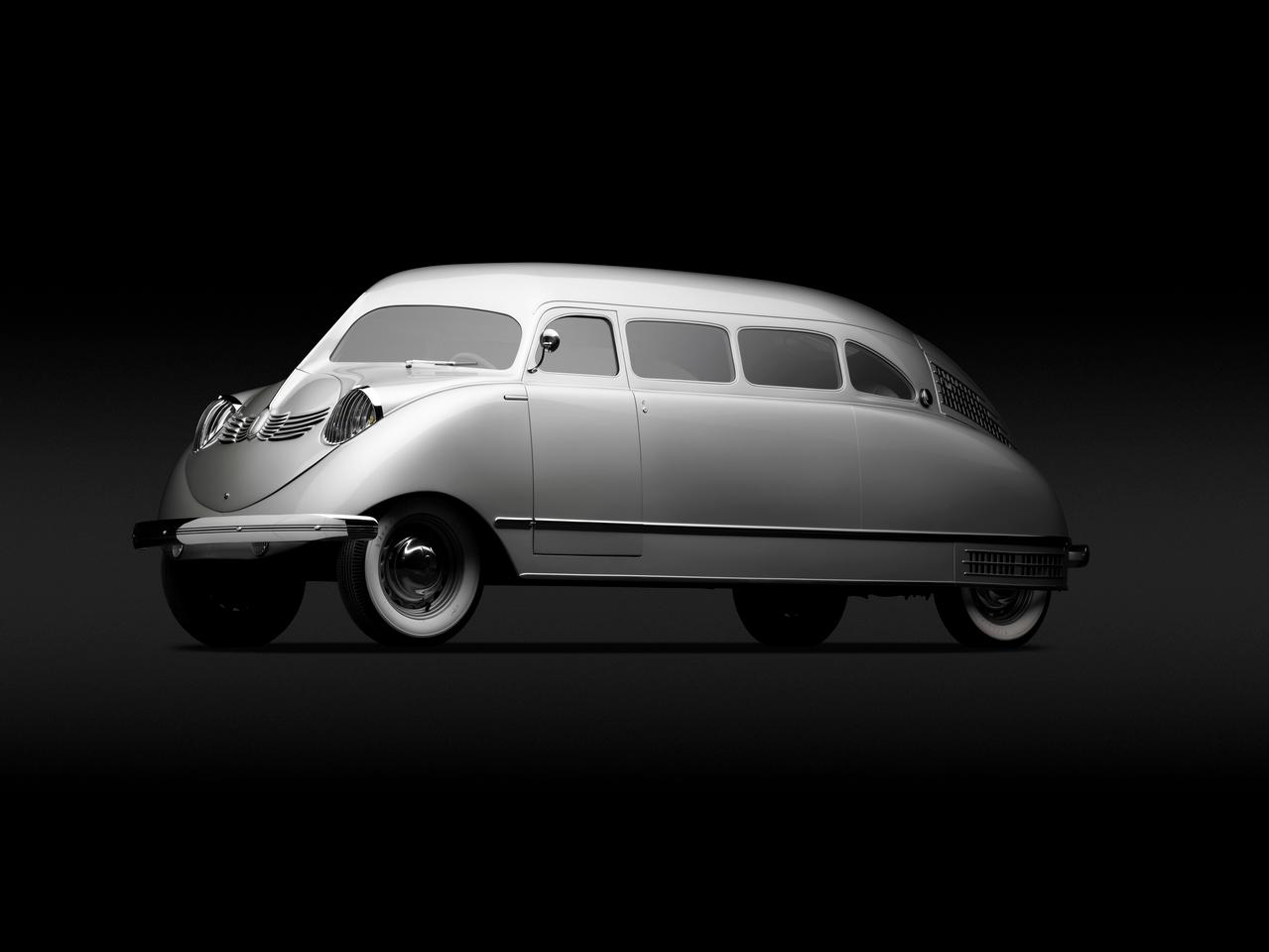 The Scarab (1936), although awkward in its finished design and proportions, could seat seven and represented a very accurate look at how multi-passenger vehicles could be in the future (Photo: Michael Furman)