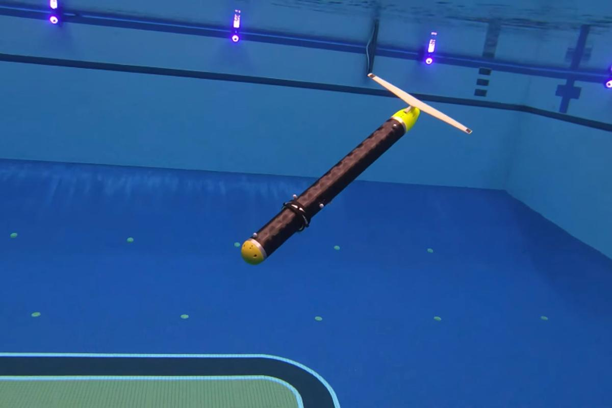 The ROUGHIE underwater glider takes a dive