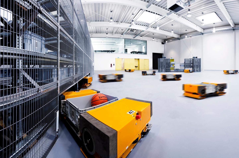 Fraunhofer's Multishuttle Moves robots, in the distribution center mock-up