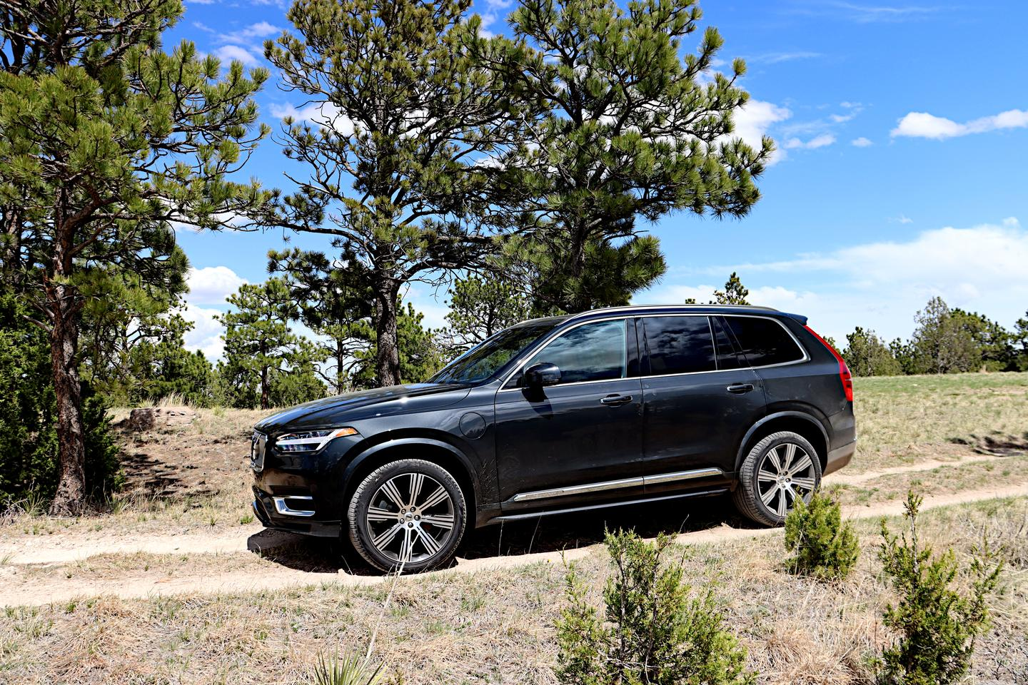 Most will be immediately drawn to the 2021 XC90's style and design