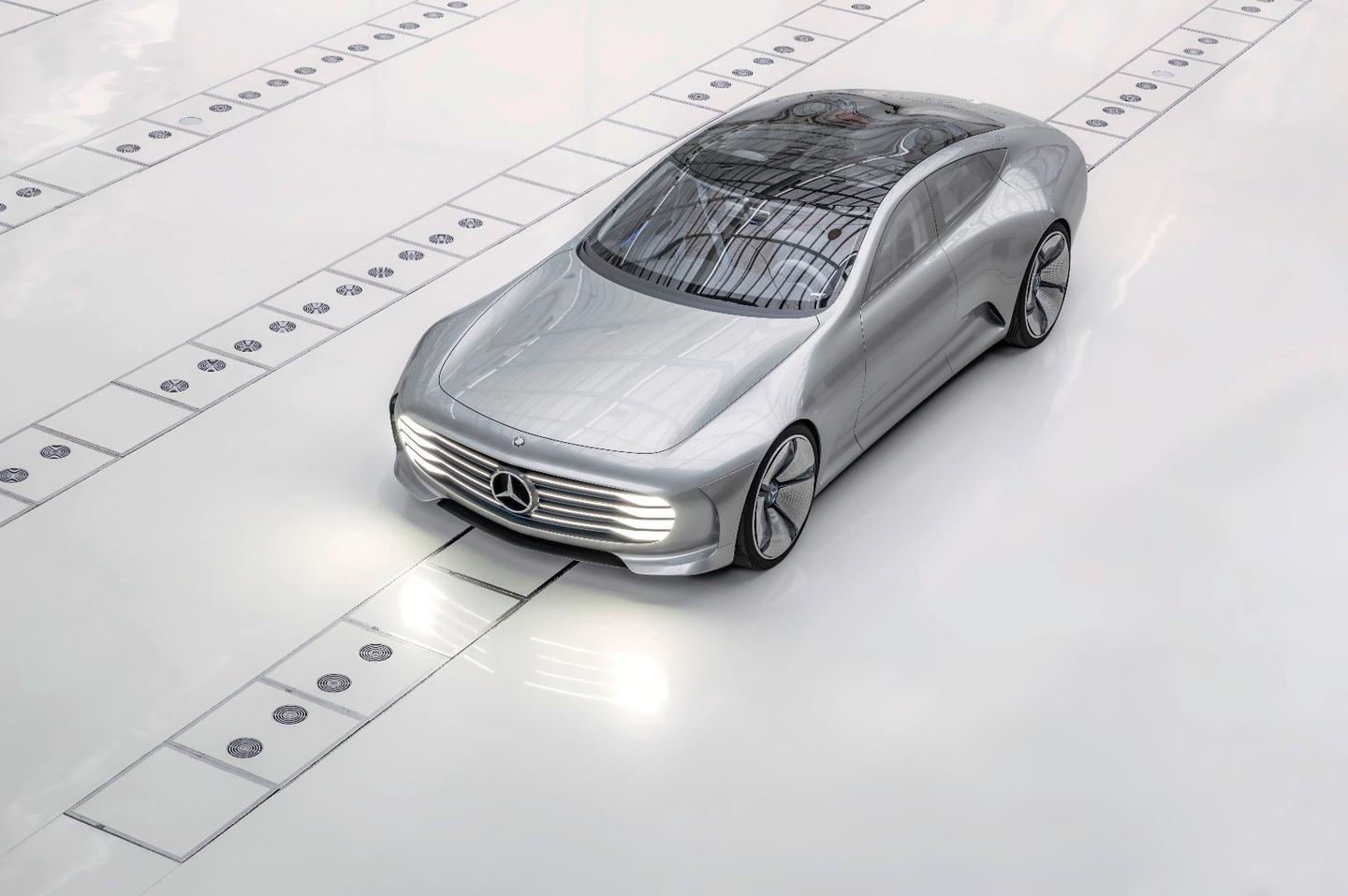 The Mercedes Concept IAA changes its shape depending on how fast the car is moving