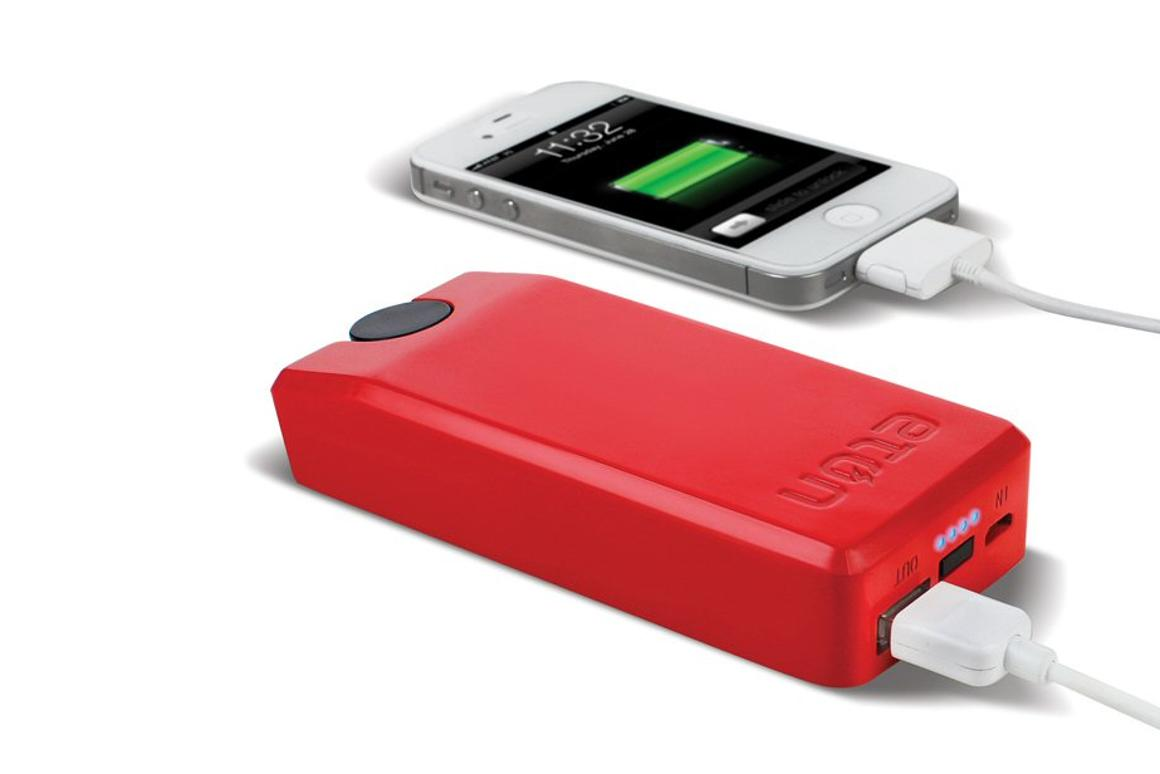 Pricing for the Etón BoostTurbine and BoostBloc portable device chargers that premiered at IFA 2012 has now been released