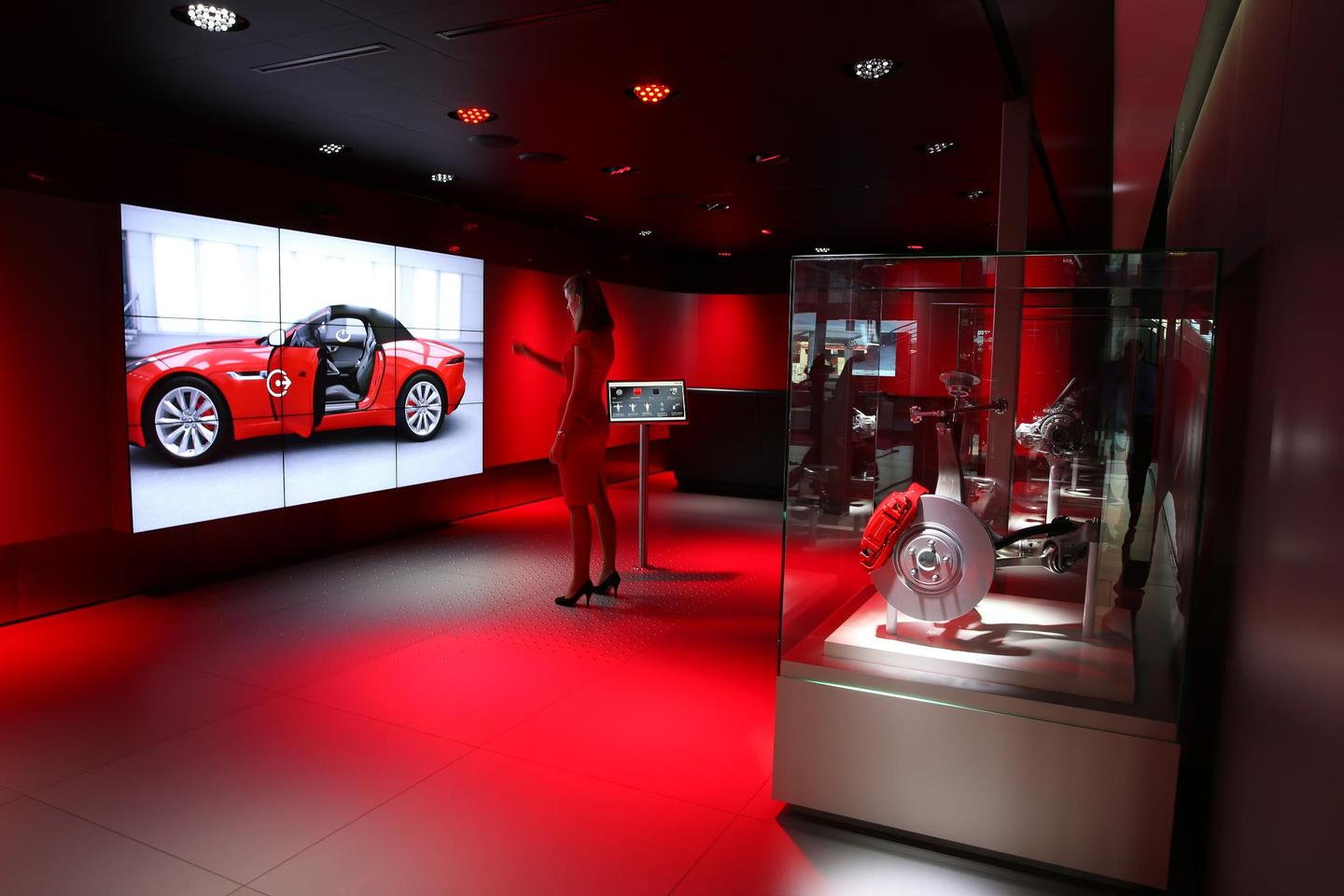 The customer can explore a near full-sized virtual car
